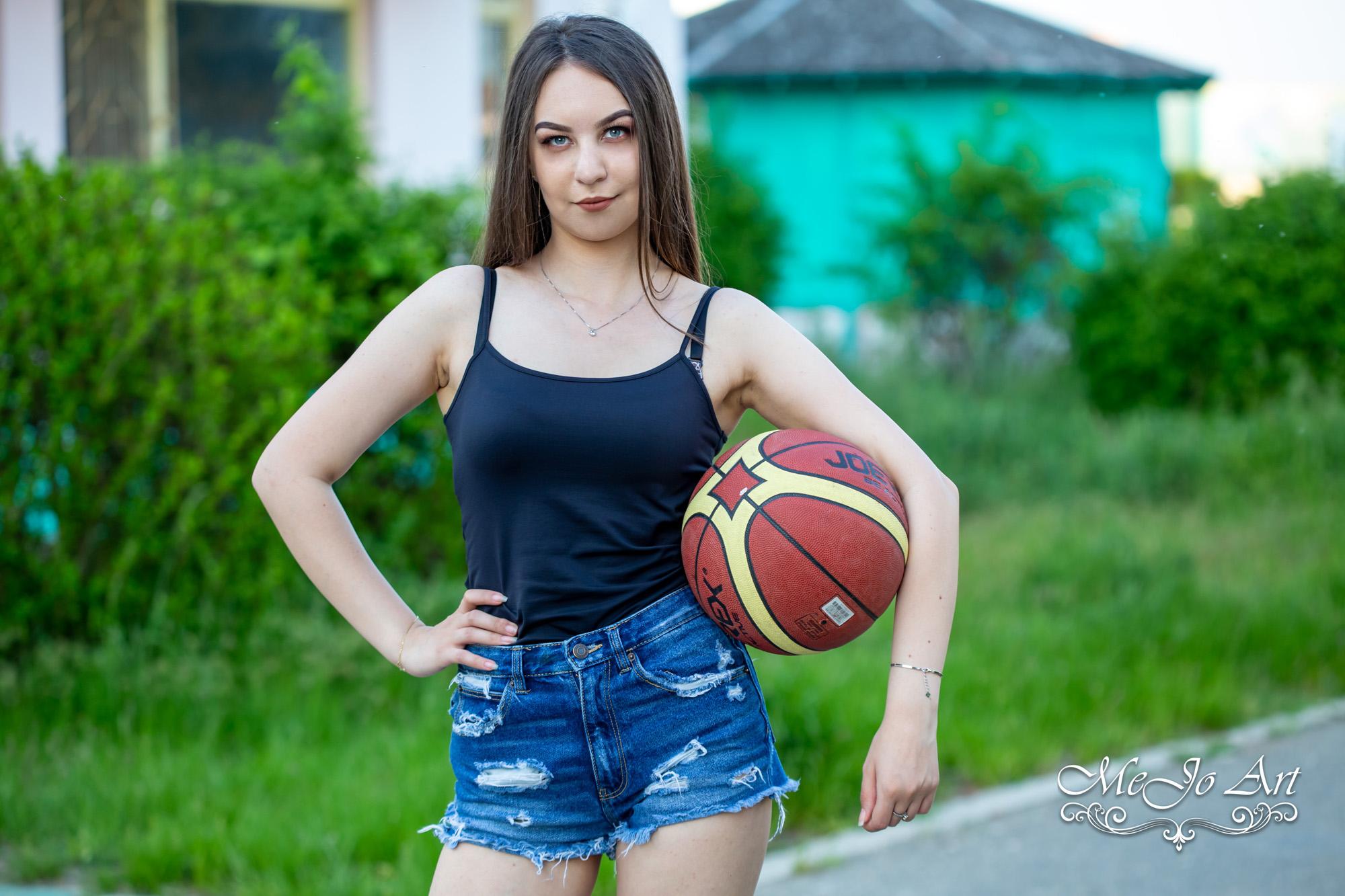 Bucur Ionut - 18 ani-25